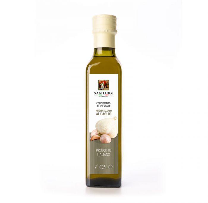 aromatisiertes Olivenöl mit Knoblauch von San Luigi