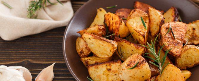 Geroestete Kartoffeln mit Kraeutern